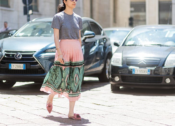 the best tops to wear with midi skirts purewow