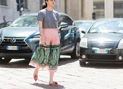 tops to wear with midi skirts 400
