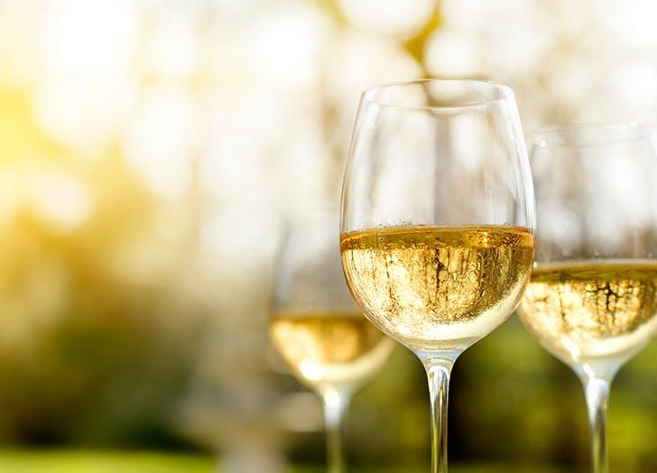 white wine alfresco 524