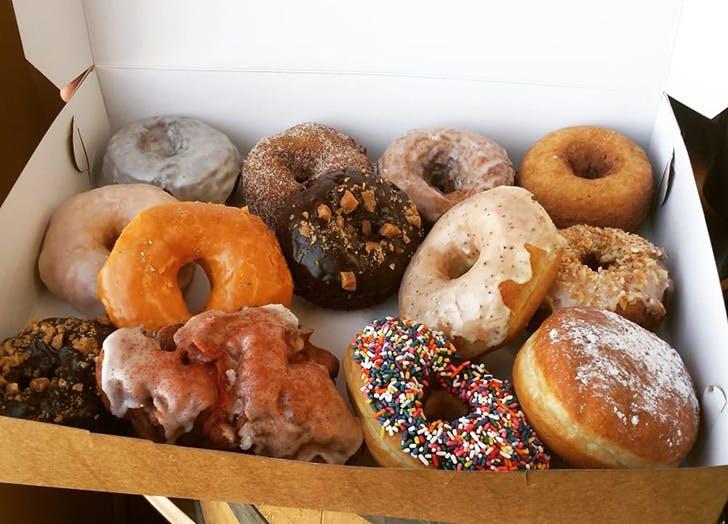 whoos doughnuts