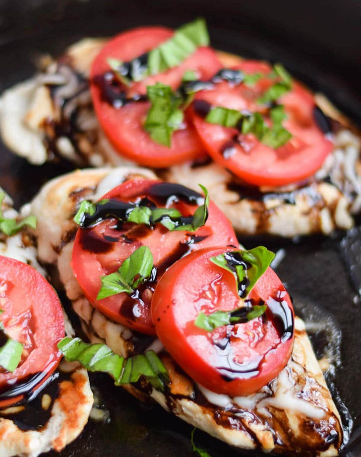 5 ingredient summer dinner caprese chicken