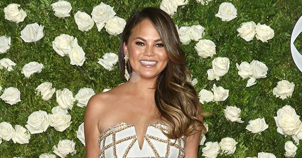Underarm Lipo and 6 Other Amazing Confessions from Chrissy Teigen