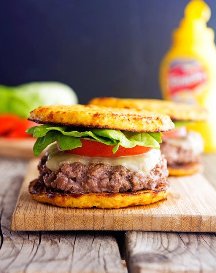 Cauliflower Crust Hamburger 921