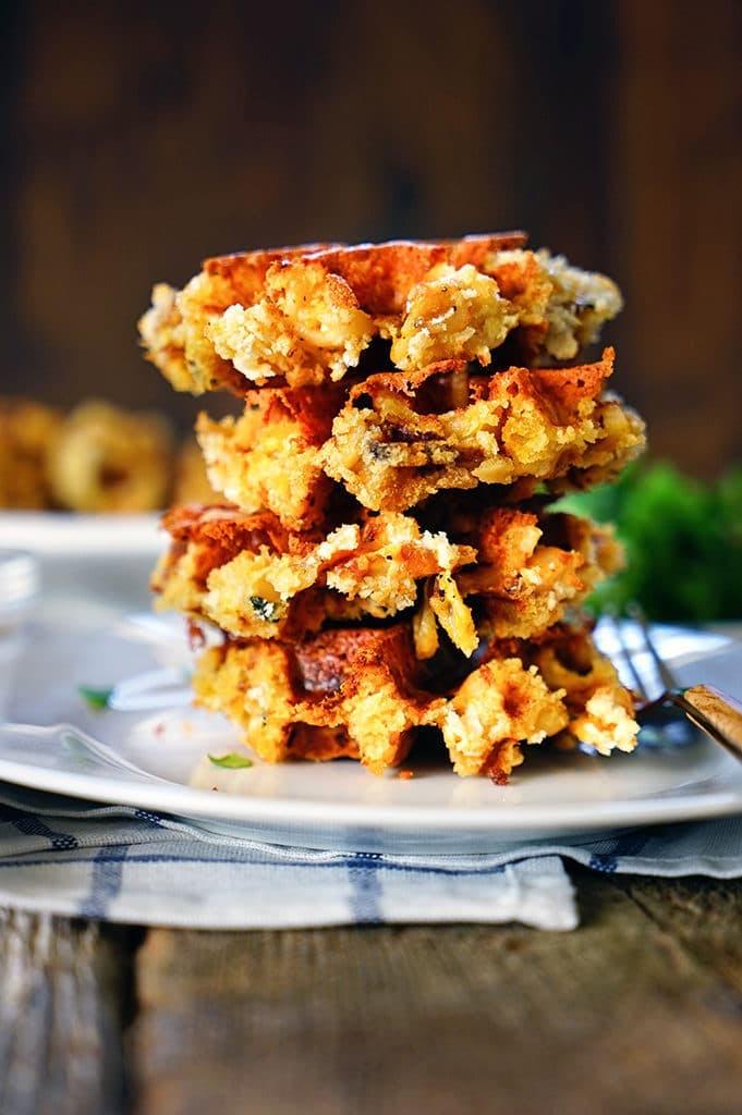 Crispy Mac and Cheese Waffles