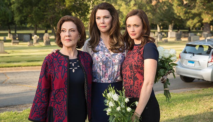 Empowering Female Shows on Netflix Gilmore Girls