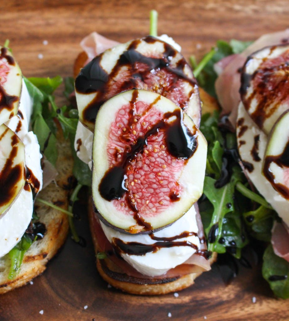 Grilled Crostini with Burrata  Figs and Prosciutto