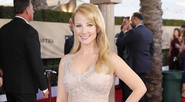melissa rauch announced her pregnancy in candid essay purewow  big bang theory star melissa rauch announces shes pregnant moving essay