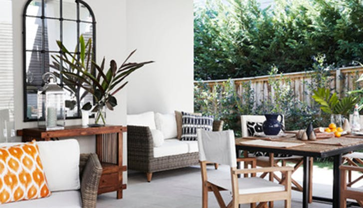 add a mirror la outdoor space upgrades