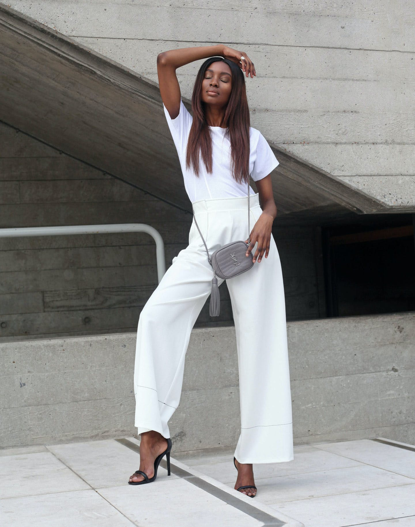 all white august style ideas1