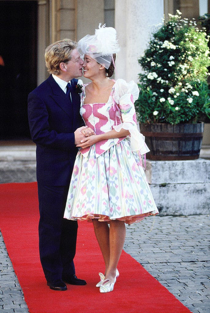 emma thompson wedding dress