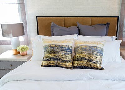 How to Feng Shui Your Bedroom - PureWow
