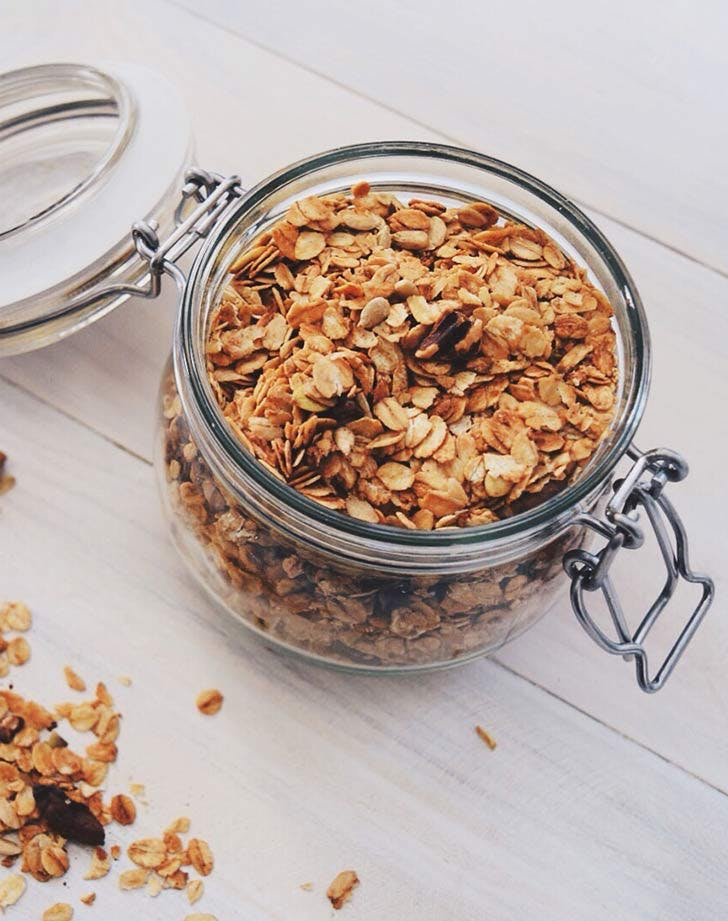 granola in mason jar 921