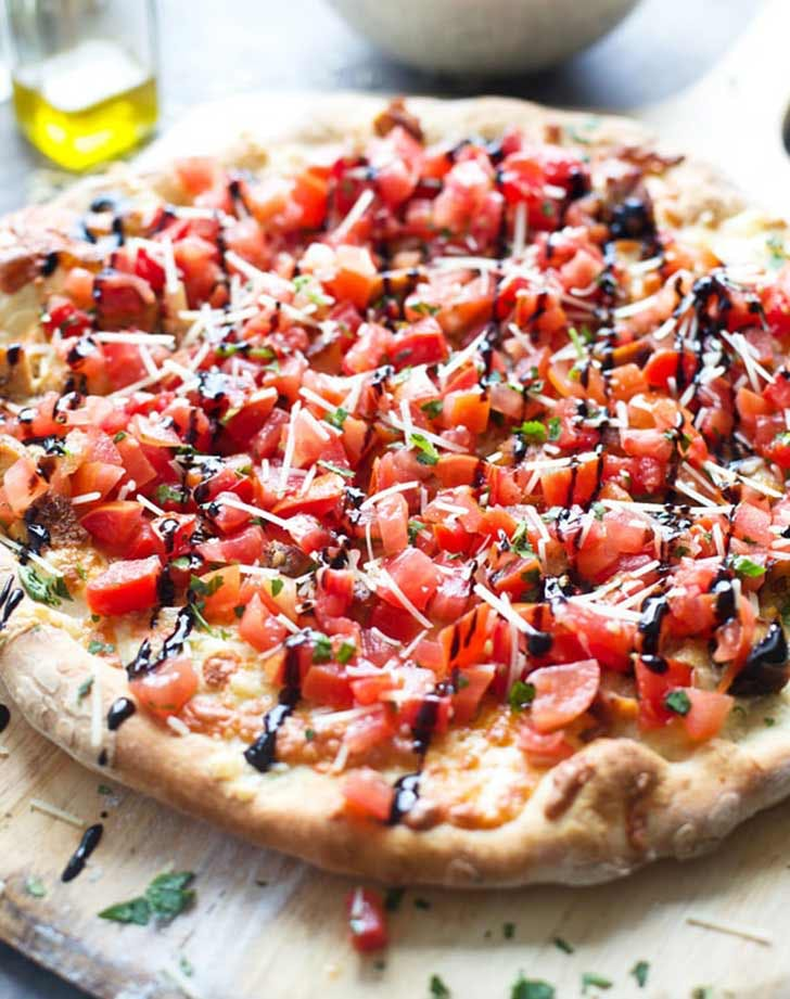 grilled bruschetta chicken pizza 921