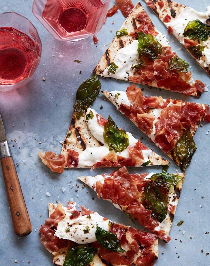 grilled prosciutto pizza 921