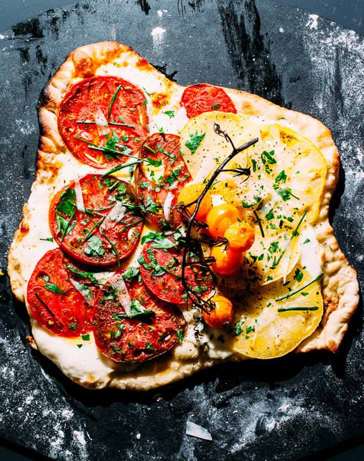 heirloom tomato pizza 921