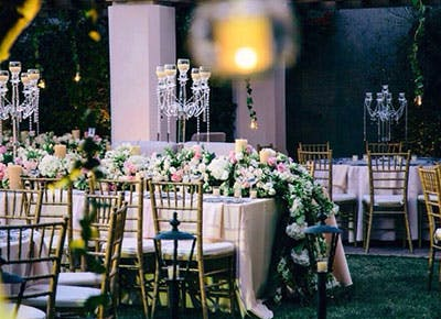 how much do wedding flowers cost 400