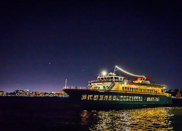 hudsons pier 81 boats NY