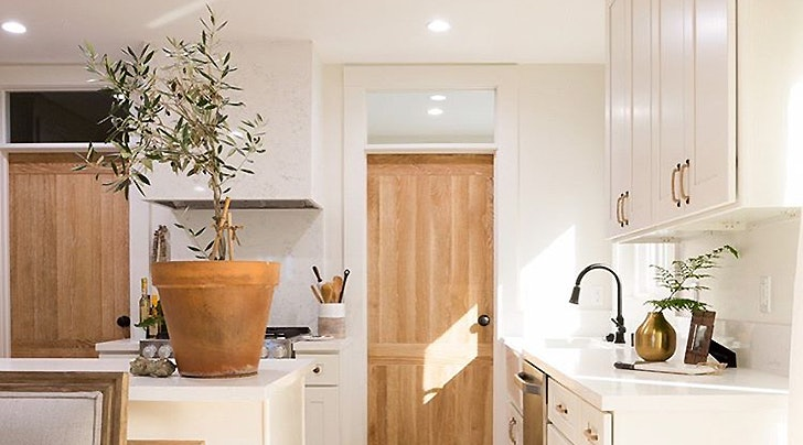 Nate Berkusu0027s 10 Minute Trick For Making Your Kitchen Prettier