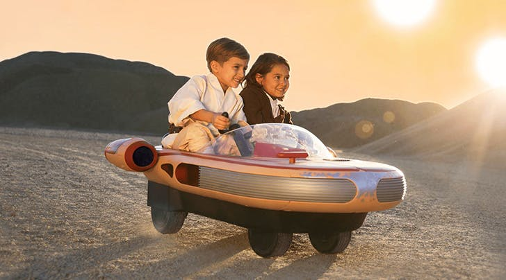 Got a Mini Luke or Leia in the House? The Radio Flyer Landspeeder Has Arrived