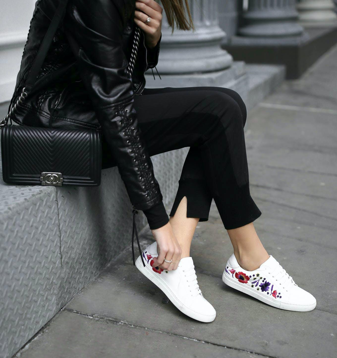 sneakers maximalist shoe trends