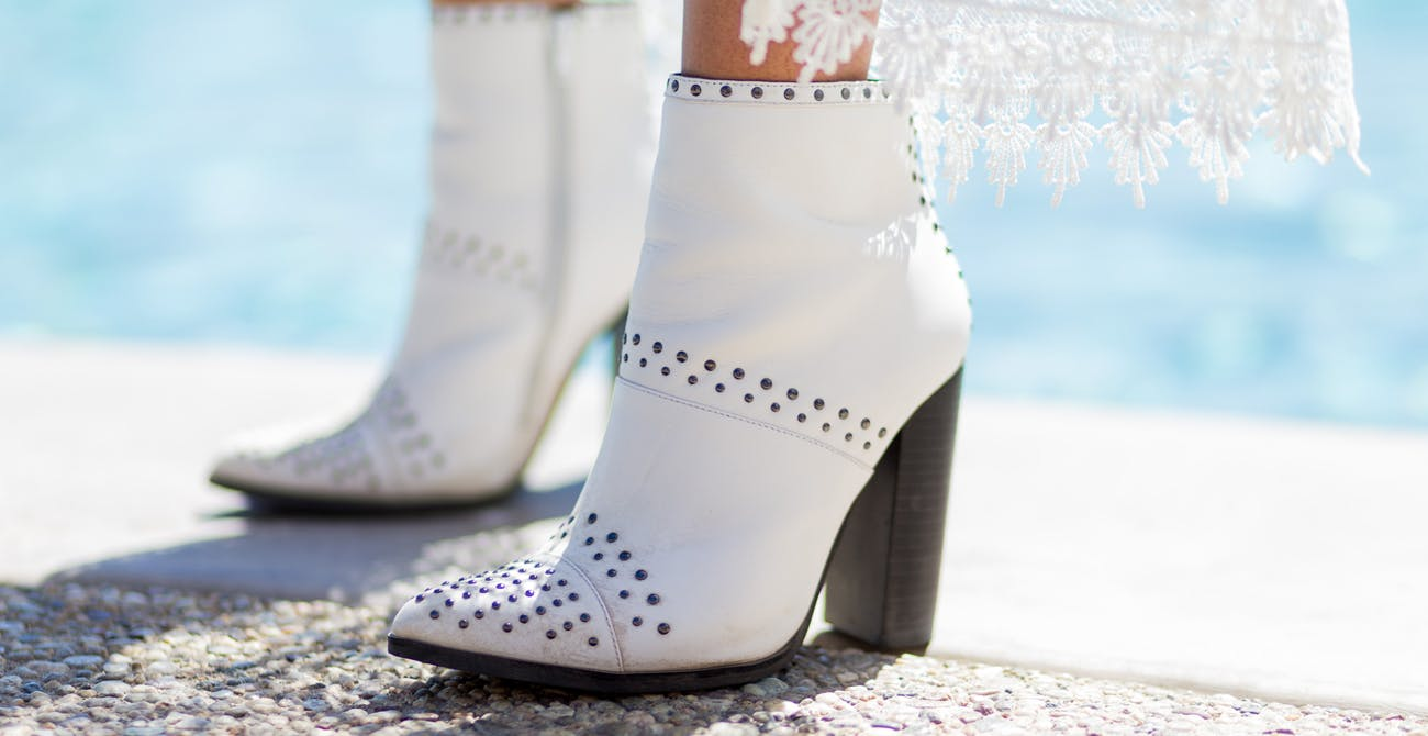 summer trend white booties