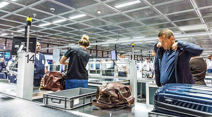 Calling All Frequent Flyers: Heres the Difference Between TSA Pre-Check and Clear