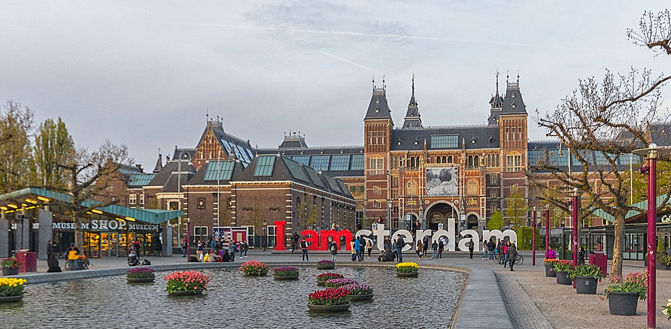 walkable cities amsterdam