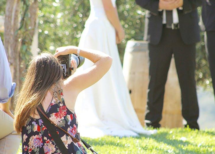 wedding outdoors photographer summer LIST