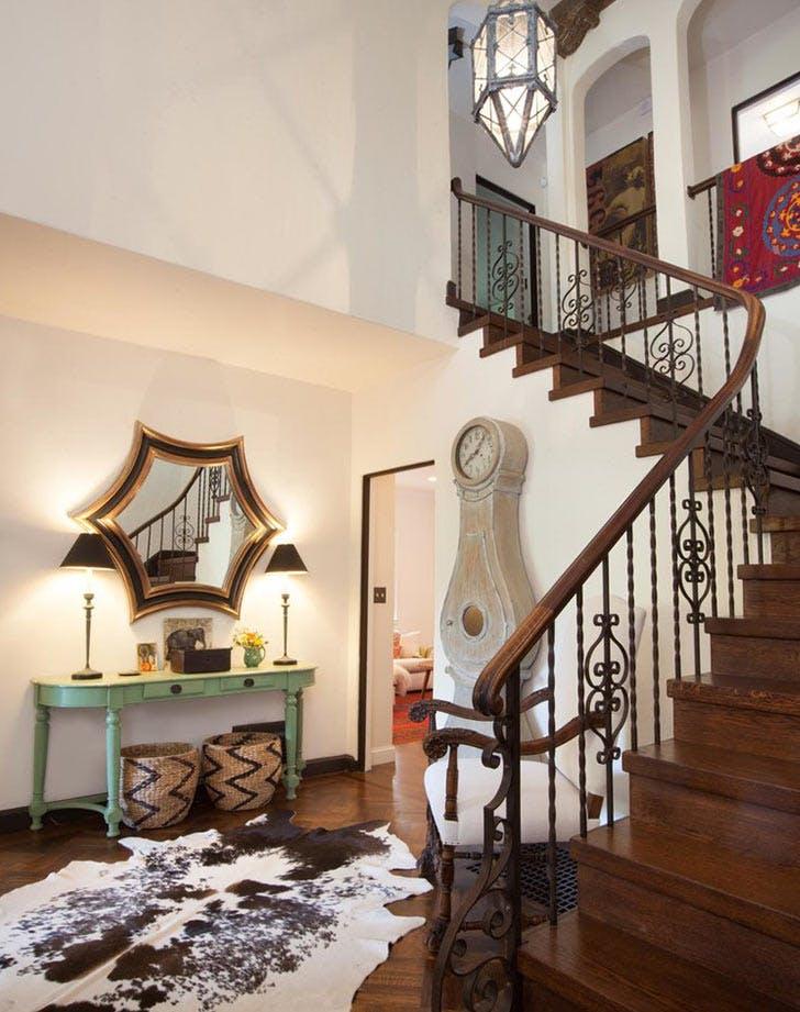 LA destress home tidy foyer LIST