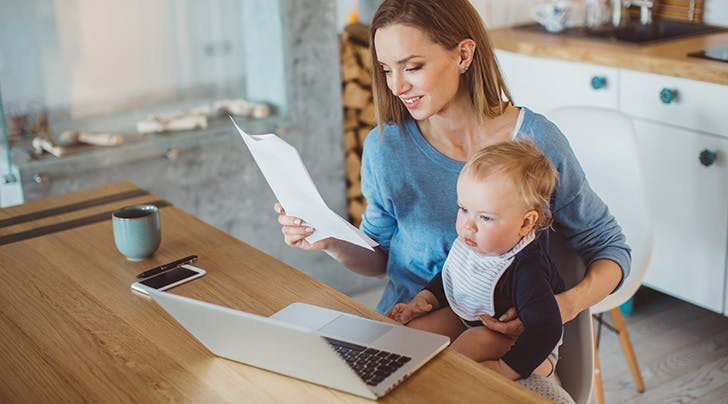 What Is A Nanny Contract (And How To Write One) - Purewow