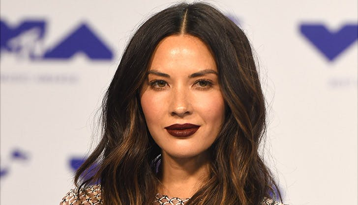 Olivia Munn Colorful Eyeshadow 2017 VMAs