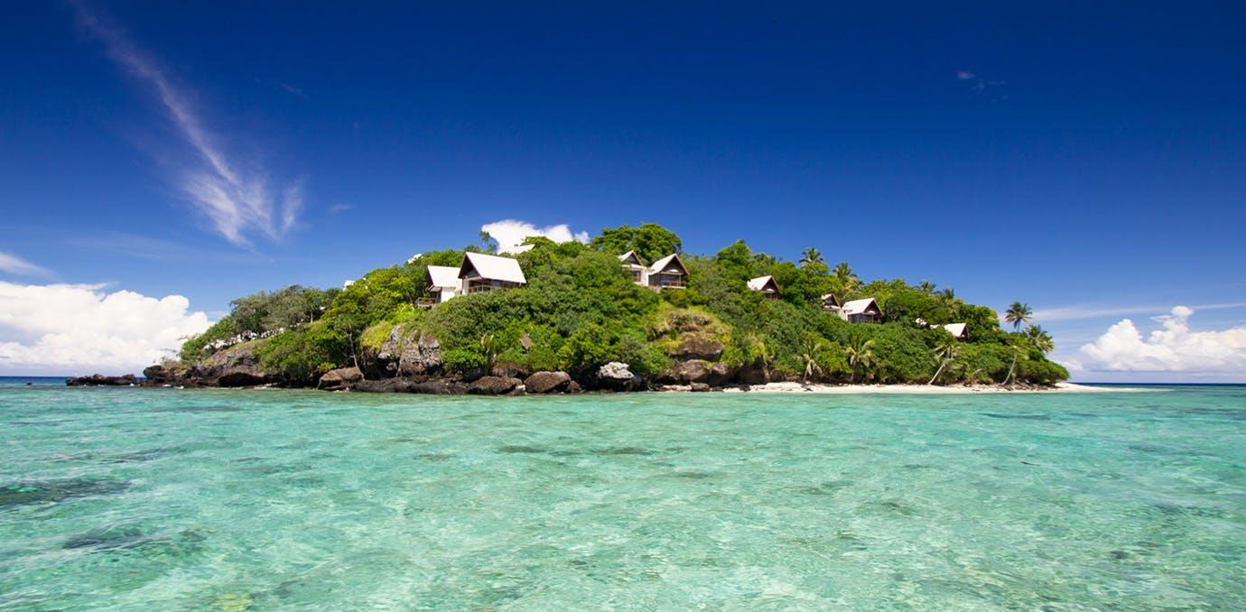 Royal Davui  Fiji  elopement packages