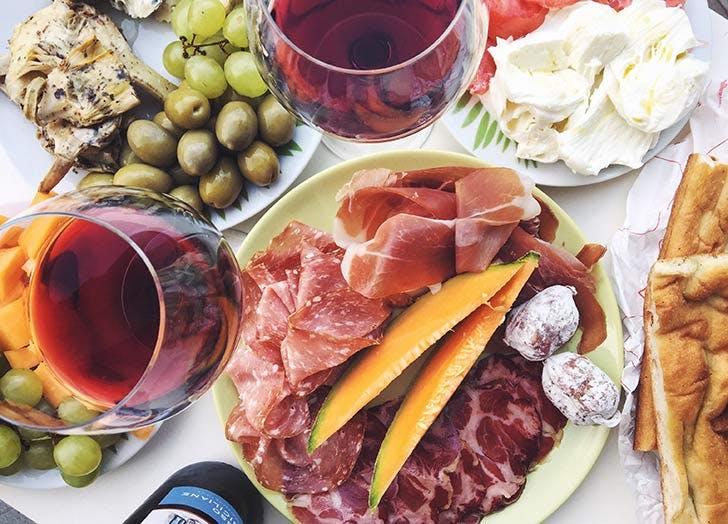 charcuterie wine 524