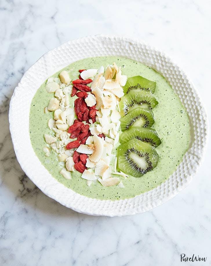 green smoothie bowl 921
