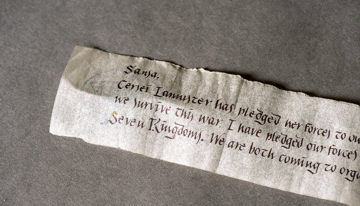 hbo game of thrones season seven finale scroll jon snow sansa stark 1