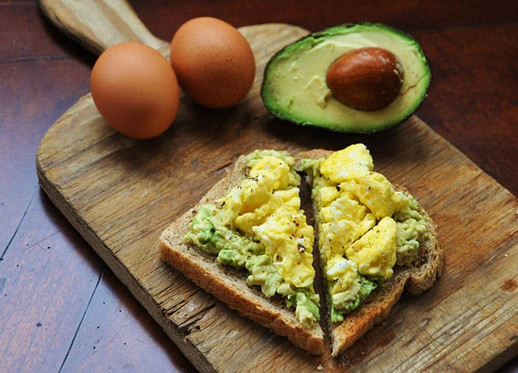 how to eat clean avo toast