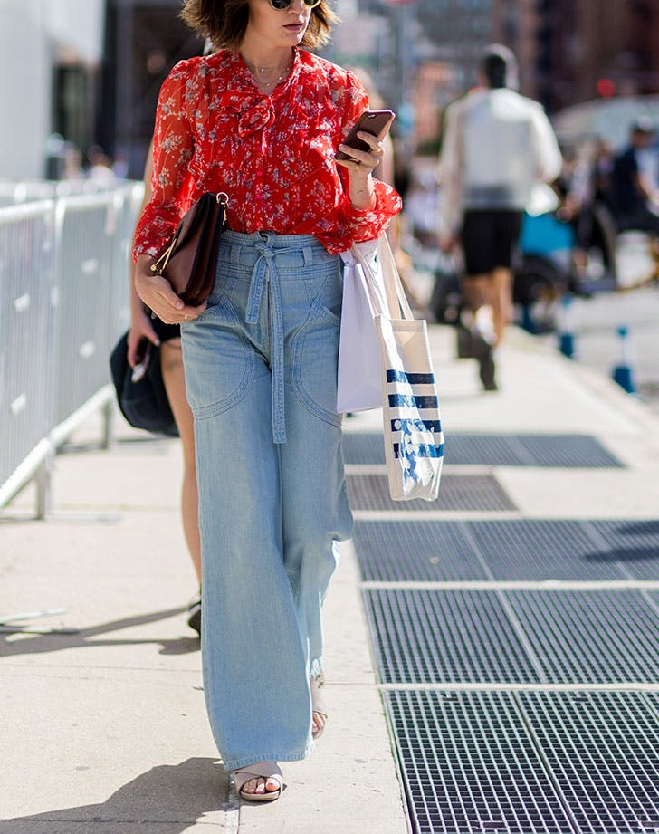 how to wear high waisted denim wide leg