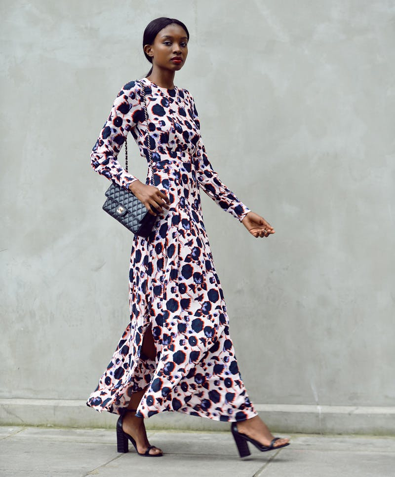 moody florals fall fashion trends to wear now