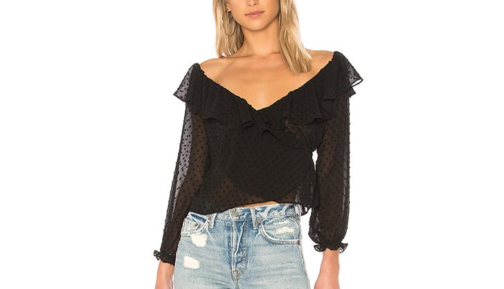 stylish tops to wear with jeans 21