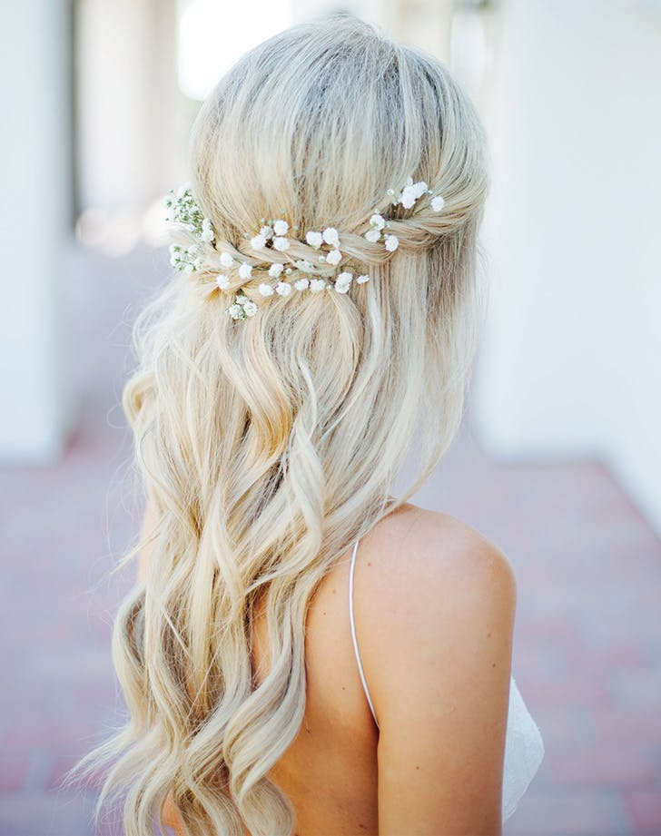 wedding hair babybreath