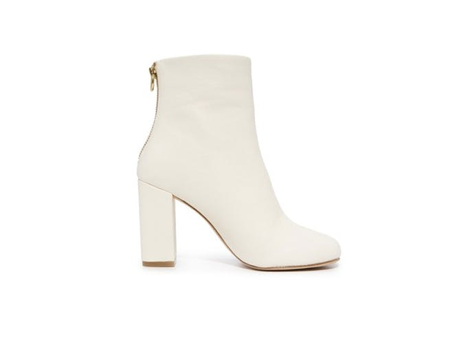 white ankle boots for fall 3