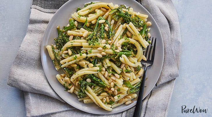 15-Minute Lemony Broccolini Pasta