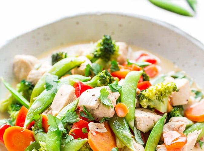 20 minute thai coconut chicken stir fry 501