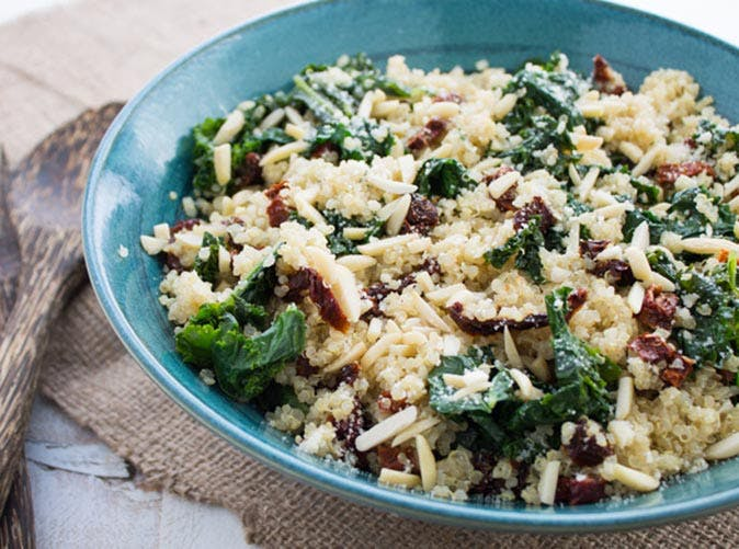 5 ingredient kale and quinoa bowl 501