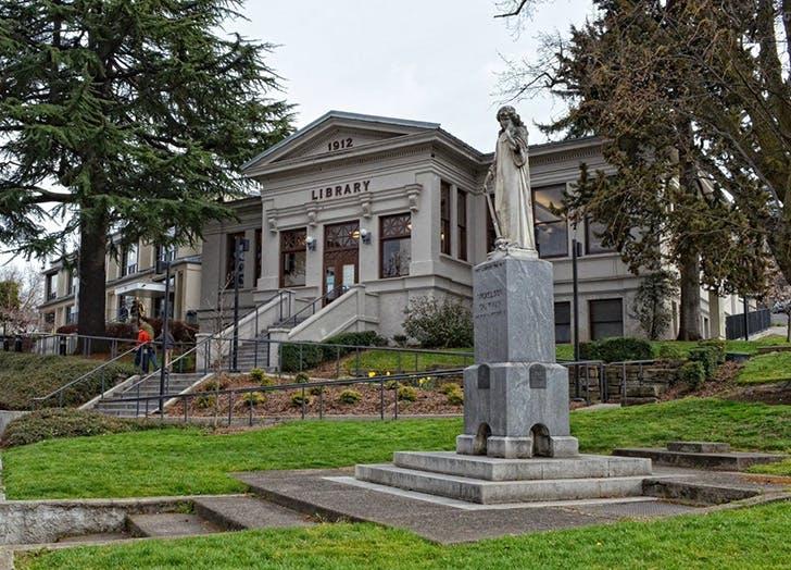 Ashland Public Library in Oregon