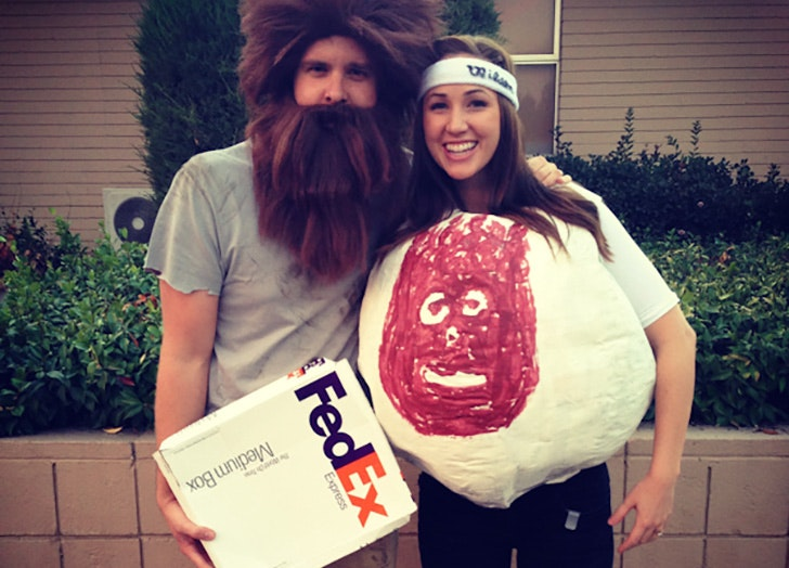 Cast Away funny couple s Halloween costume idea  sc 1 st  PureWow : cool ideas for halloween costumes  - Germanpascual.Com