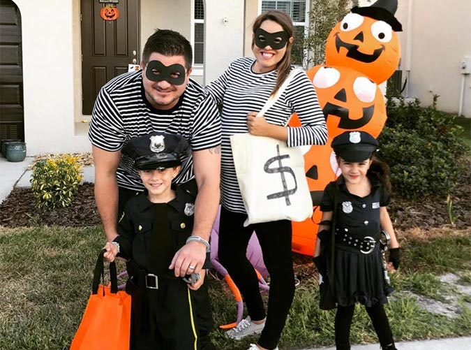 Cops and robbers family Halloween costume  sc 1 st  PureWow & 30 Adorable Family Halloween Costume Ideas - PureWow