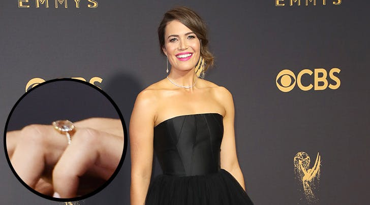 Mandy Moore Shows Off Shiny New Engagement Ring at 2017 Emmy Awards