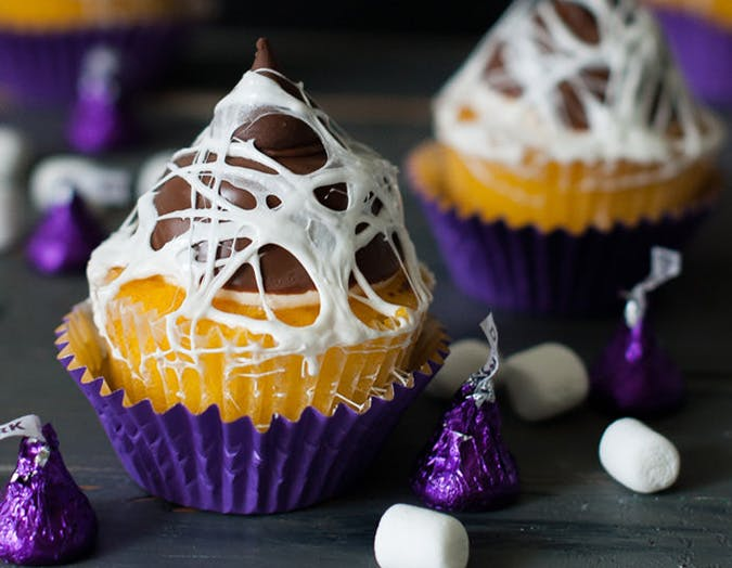 Marshmallow Web Halloween Cupcake Topper