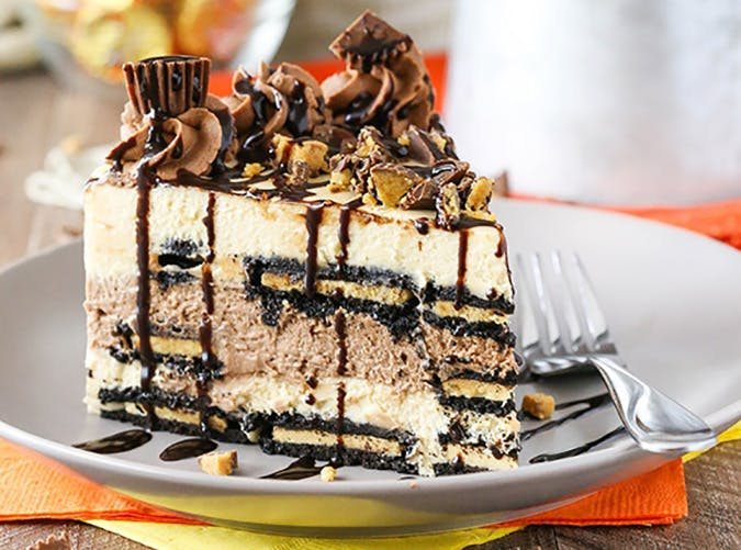 No Bake Reeses Peanut Butter Chocolate Icebox Cake for Halloween